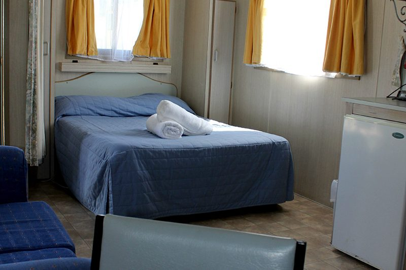 T-9 double bed